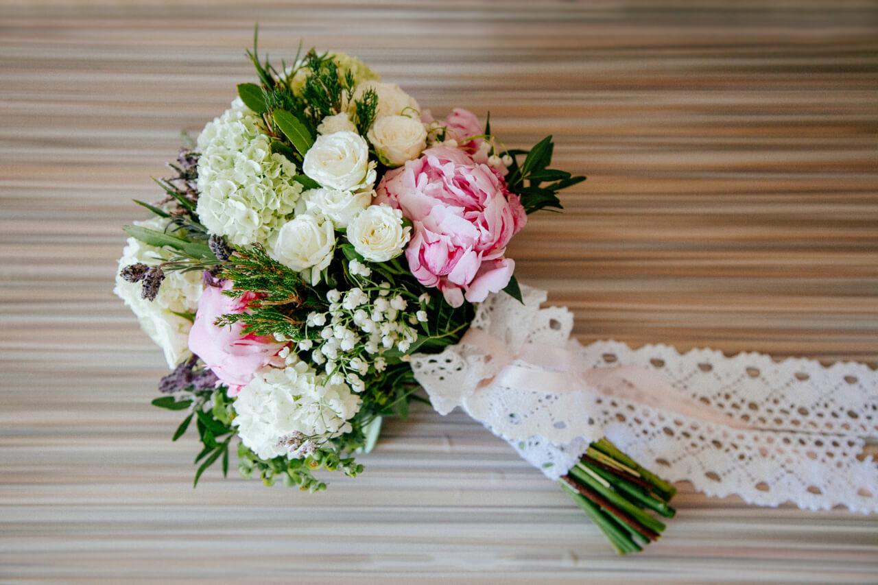 Букеты невесты ландыши и розы фото, дубае купить